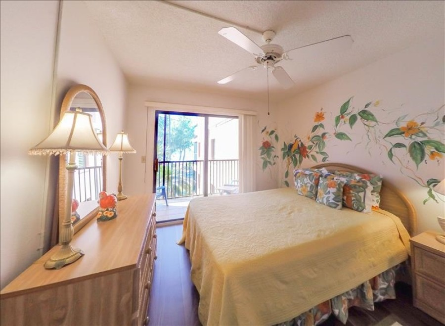 3rd bedroom with gulf view