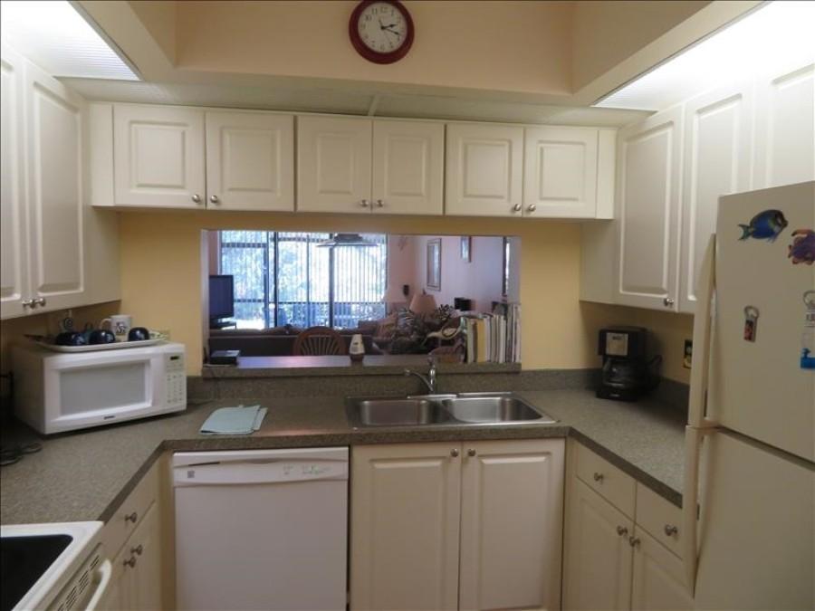 Kitchen to Lanai