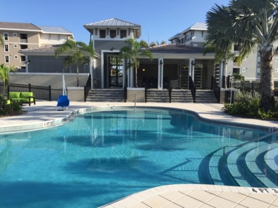 Beautiful resort size pool