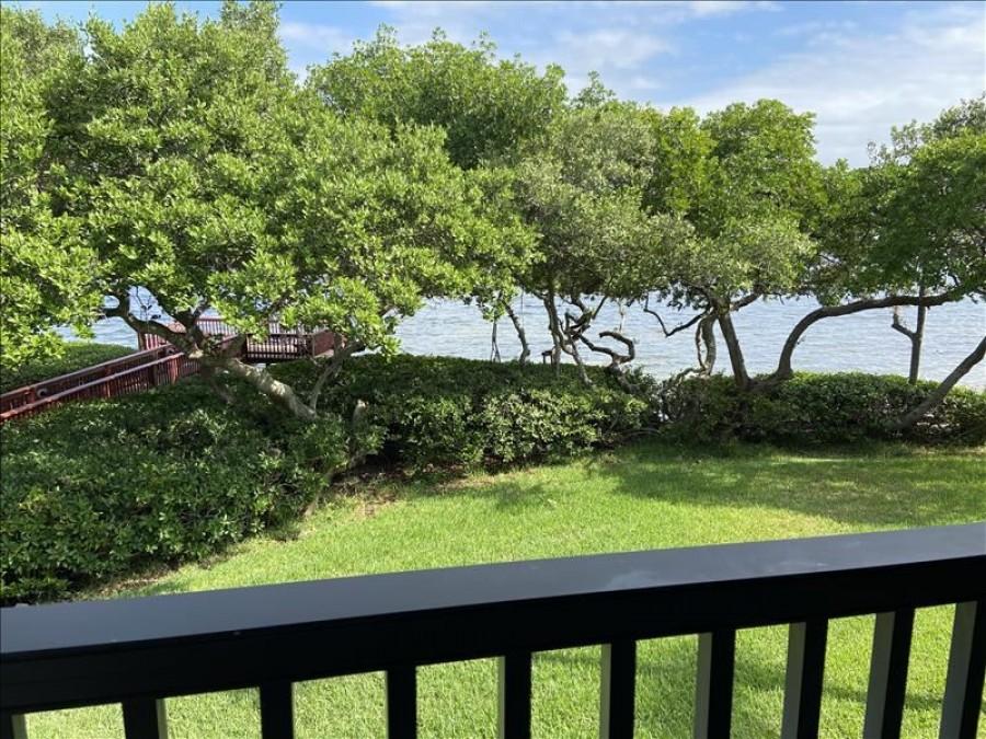 Lanai Bay View