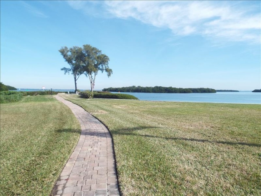 Pathway to Bay