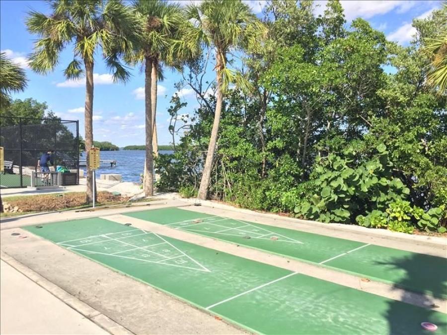 Bayfront Park Shuffle Boards